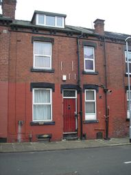 2 bed property to rent in Harold Avenue, Hyde Park, Leeds LS6