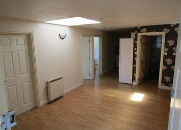 Thumbnail 3 bed flat to rent in Cedar Road, Southampton