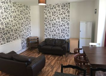 Thumbnail 4 bed flat to rent in Richmond Road, Cathays, Cardiff