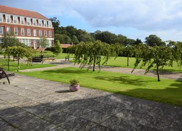 2 bed flat for sale in Hall Park Road, Hunmanby, Filey YO14