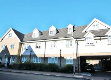 Thumbnail 2 bed flat to rent in Foxburrow Court, Chigwell