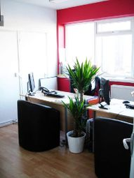 Thumbnail Serviced office to let in Albion Close, Slough