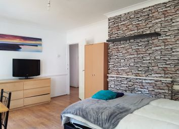 Room to rent in Batman Close, White City W12
