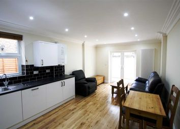 Thumbnail 3 bedroom flat to rent in Collingbourne Road, London