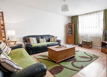 Thumbnail 2 bedroom flat for sale in Peregrine House, Hall Street