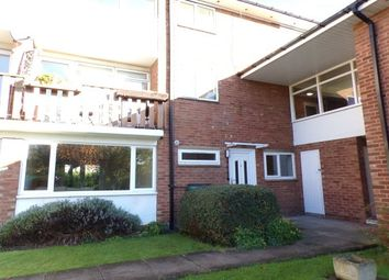 Thumbnail 2 bed flat to rent in Victoria Close, Stratford-Upon-Avon