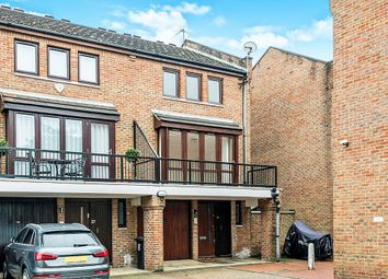 Thumbnail 3 bed town house for sale in Cheryls Close, London