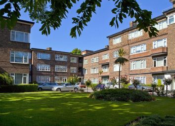 Thumbnail 3 bed flat for sale in Avenue Close, Avenue Road