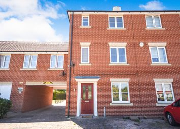 3 bed town house for sale in Burghley Way, Chelmsford CM2
