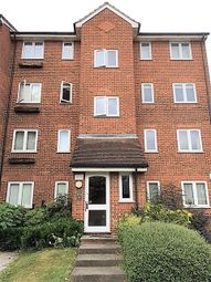 Thumbnail 1 bed flat to rent in Crosslet Vale, London