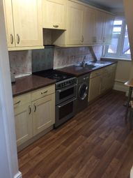 Thumbnail 1 bed flat to rent in Hornchurch Road, Daganham