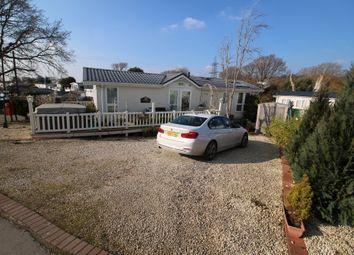 2 bed mobile/park home for sale in Hook Park Estate, Hook Park Road, Warsash, Southampton SO31