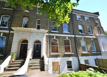 3 bed flat to rent in Lewisham Way, London SE4