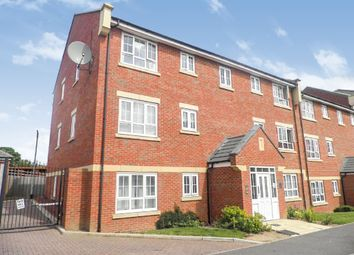 Thumbnail 2 bedroom flat for sale in Watling Gardens, Dunstable