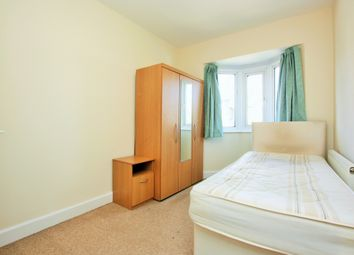 Thumbnail Room to rent in Finchley Lane, Hendon