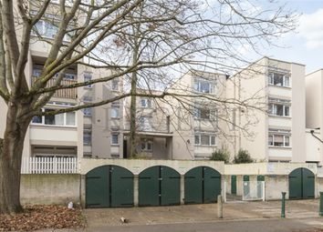 3 bed flat to rent in Victoria Rise, London SW4