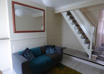 Thumbnail Terraced house to rent in Cowper Street, Luton