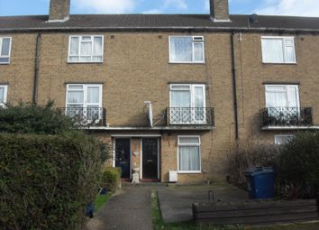 5 bed terraced house to rent in Doncaster Gardens, Northolt UB5