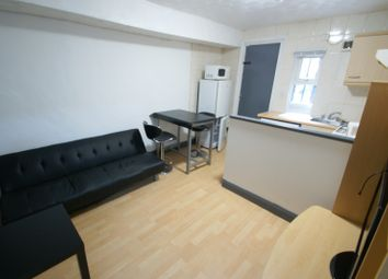Thumbnail 1 bed flat to rent in Brudenell Mount, Hyde Park, Leeds