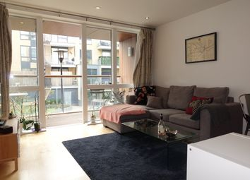 Thumbnail 1 bed flat to rent in Hertford Road, Hackney