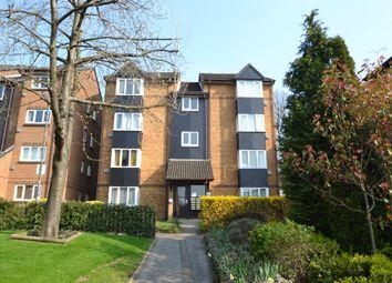 Thumbnail Studio to rent in Saxon Close, Surbiton