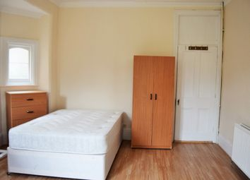 Thumbnail Room to rent in Woodside Road, Room 2, Wood Green