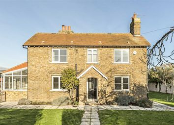 Thumbnail 3 bedroom detached house to rent in Halliford Road, Sunbury-On-Thames