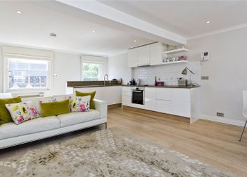 2 bed maisonette to rent in Holland Street, London W8