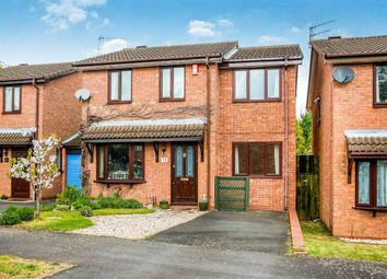 Thumbnail 4 bedroom property to rent in Chaffinch Drive, Kidderminster