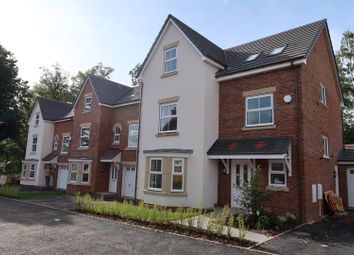Thumbnail 4 bed detached house for sale in Maes Helyg, Vicarage Road, Llangollen