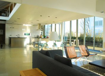 Thumbnail 4 bedroom flat for sale in Micawber Street, Islington