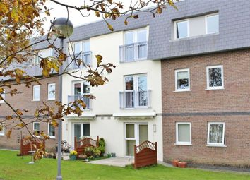 2 bed flat for sale in Willow Court, Clyne Common, Bishopston SA3