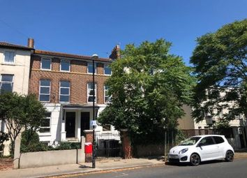 Thumbnail 1 bed flat to rent in 21 Campbell Road, Southsea