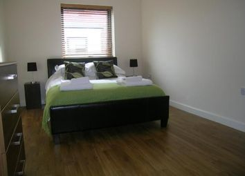 4 bed flat to rent in Rotherhithe, London SE16