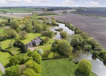 Thumbnail 4 bed property for sale in Chesterton, Leamington Spa