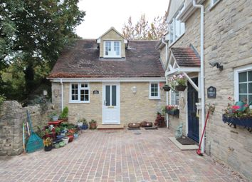 Thumbnail 1 bed semi-detached house to rent in Vicarage Road, Kidlington