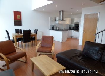 Thumbnail 2 bed flat to rent in Dunlop Street, The Metropole, City Centre, Glasgow