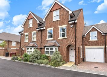 Thumbnail 4 bed semi-detached house to rent in Haden Square, Reading