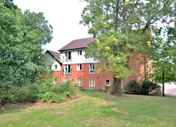 Thumbnail 2 bed flat for sale in Little Street, Guildford