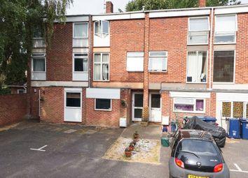 Thumbnail 4 bed town house for sale in Harefields, Oxford