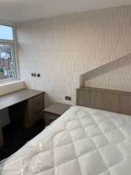 Thumbnail 4 bed shared accommodation to rent in Beechwood Crescent, Burley, Leeds