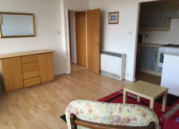 Thumbnail 2 bed flat to rent in Newington Causeway, Elephant And Castle
