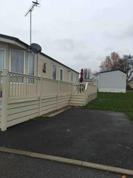 3 bed mobile/park home for sale in Essex, Essex CO16