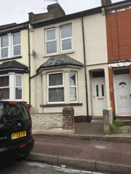 Thumbnail Room to rent in Balfour Road, Chatham, Kent