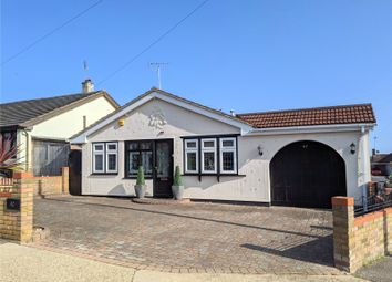 Lynton Road, Hadleigh, Essex SS7. 2 bed bungalow