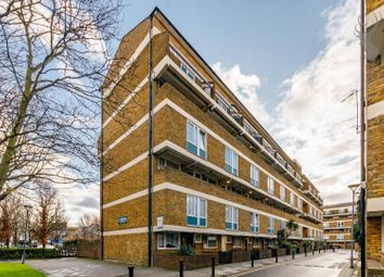 3 bed maisonette for sale in St. Stephens Road, London E3