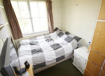 Thumbnail Room to rent in Brackendale Close, Hounslow