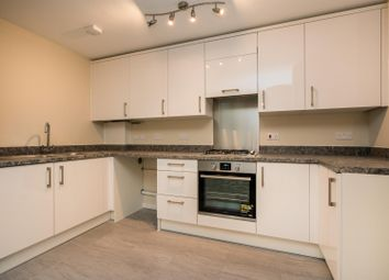Thumbnail 3 bed flat for sale in Bellingdon Road, Chesham