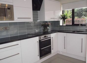 Thumbnail 1 bed town house to rent in Smith Close, London