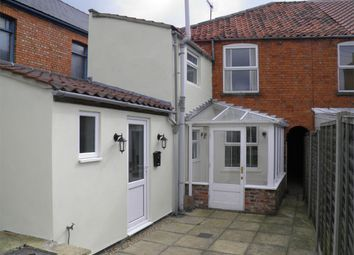 2 bed terraced house to rent in Victoria Place, Bourne, Lincolnshire PE10